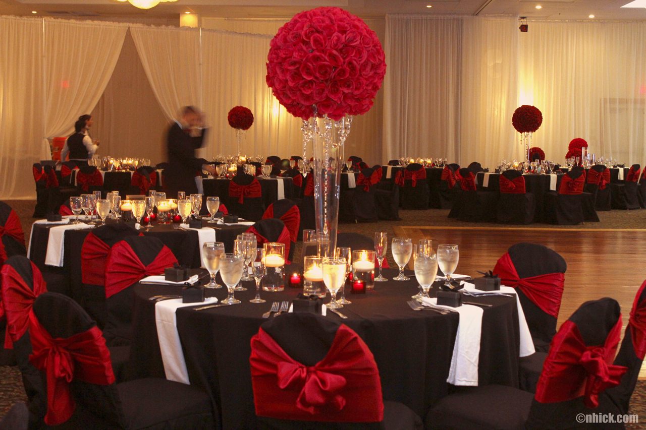 Black And Red Theme Wedding Ceremony And Reception In Tampa